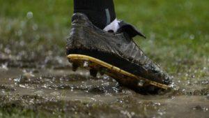 preparation physique football terrain boueux