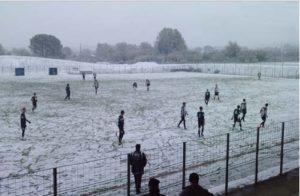 treve hivernale foot neige