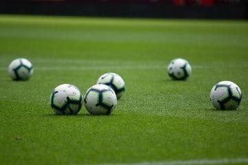 exercice physique foot avec ballon